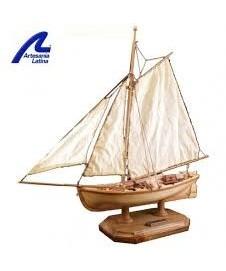 H.M.S. BOUNTYs Jolly Boat