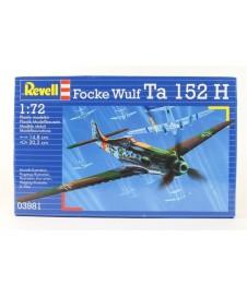 FOCKE WULF TA 152 CON PINTURAS