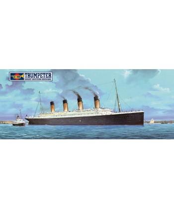TITANIC EN PLASTICO NOVEDAD CON LED, 1/200